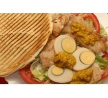 SUPER DE POLLO. Pollo, Huevo Duro y Salsa de Pollo